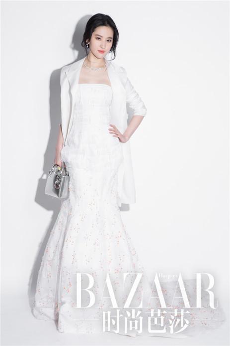 刘亦菲Dior 2013春夏高级订制系列连衣裙出席2016  SS 北京春夏大秀