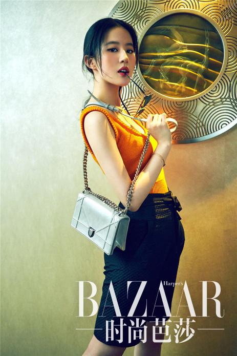 刘亦菲持Diorama手袋拍摄大片