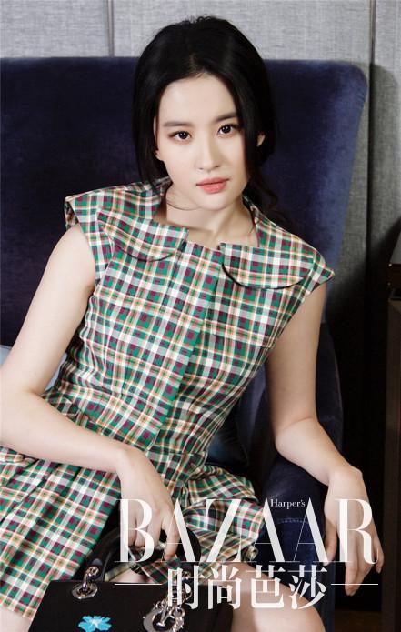 刘亦菲身着Dior 2016早春系列拍摄大片