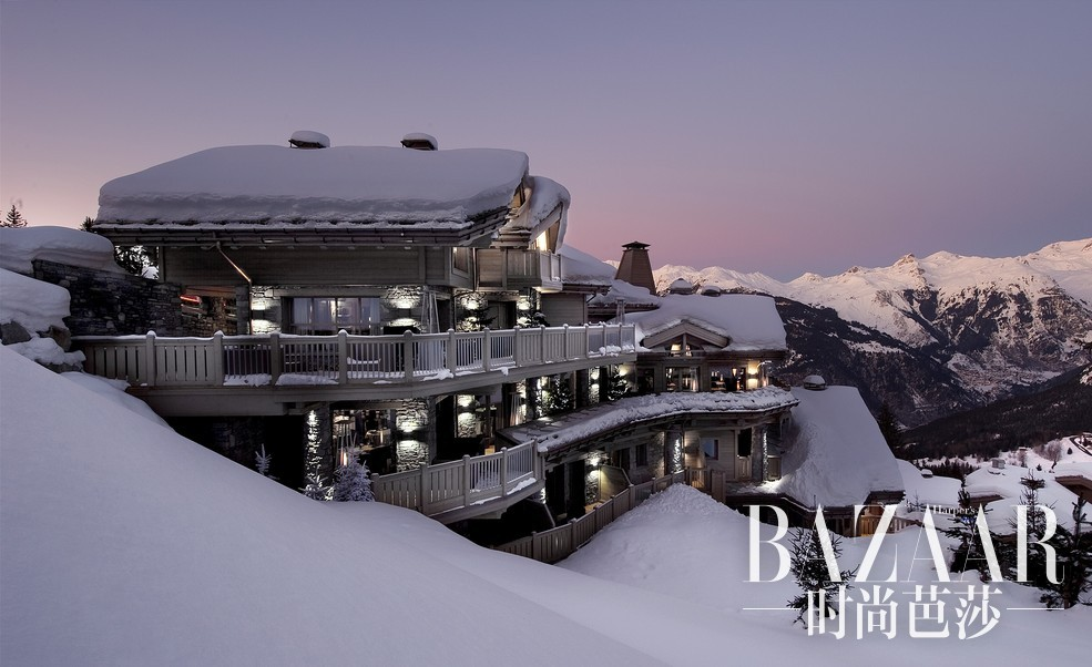 法国巴黎半岛&高雪维尔K2酒店8天7晚浪漫尊贵之旅带您深入欧洲历史最悠久且最奢华的高端滑雪胜地,在巴黎的大街小巷探寻时尚艺术,打造完美法式浪漫冬日假期。