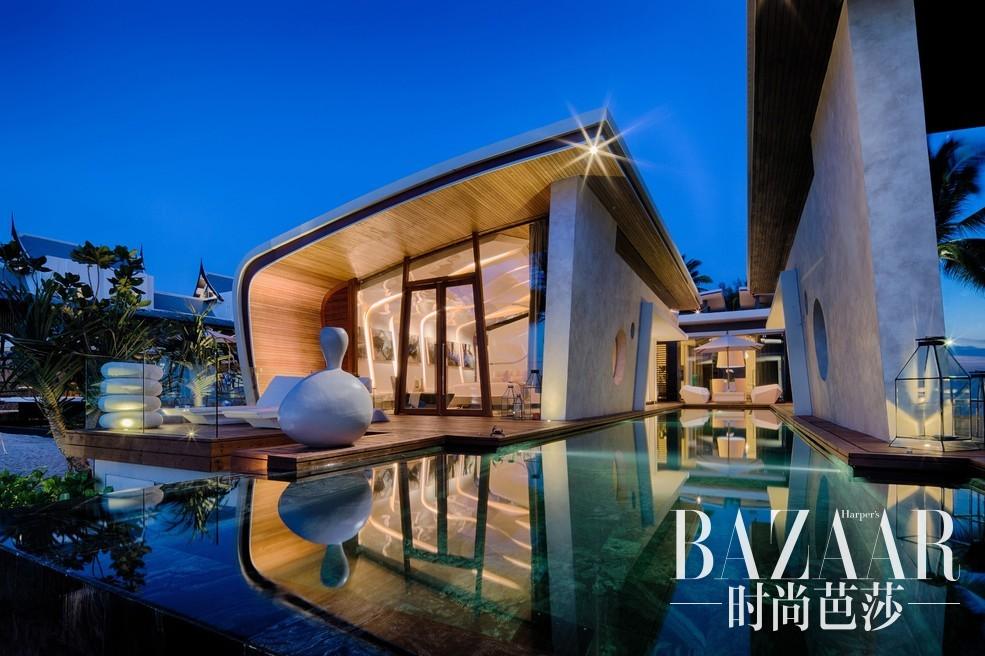 普吉岛Iniala海滨度假村6天4晚公务舱惊世奢华之旅为您规避前往普吉度假的大众之选,在这座由全球十位顶级设计大师打造的极奢梦幻桃源,领略梦境与现实的美妙交融。