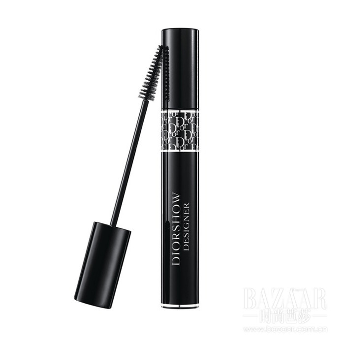 Dior迪奥惊艳纤羽睫毛膏汲取Dior迪奥后台专业彩妆技艺,重现纤长美睫,色彩浓黑, 长久持妆。